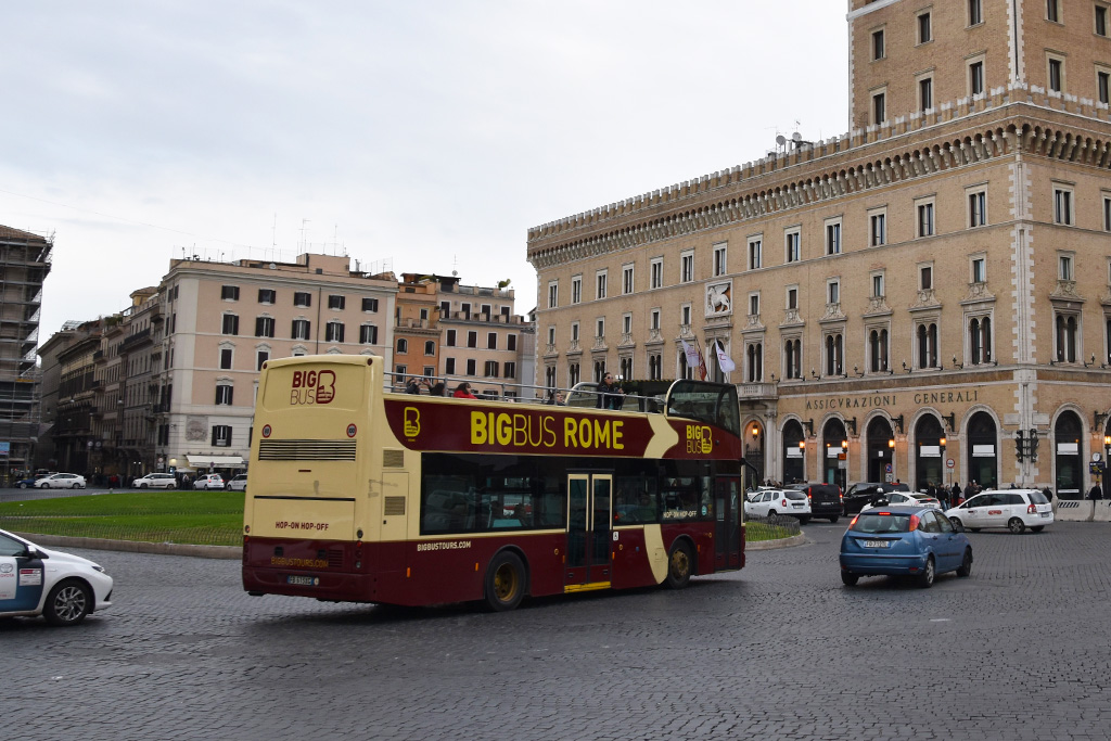 Big Bus in Rome - hop-on hop-off bus